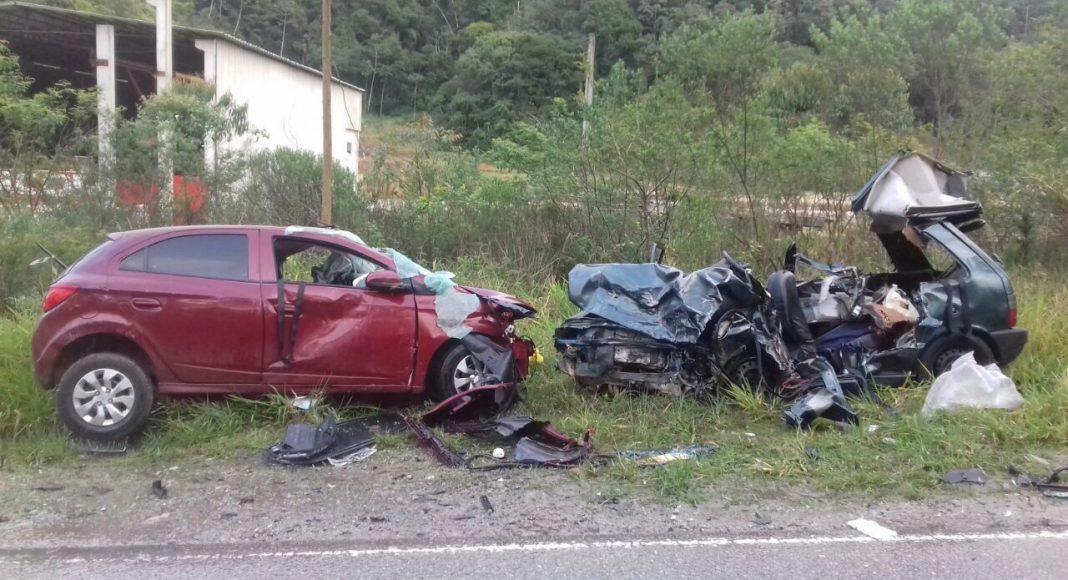 Quatro pessoas morrem em acidente de trânsito em Nova Trento