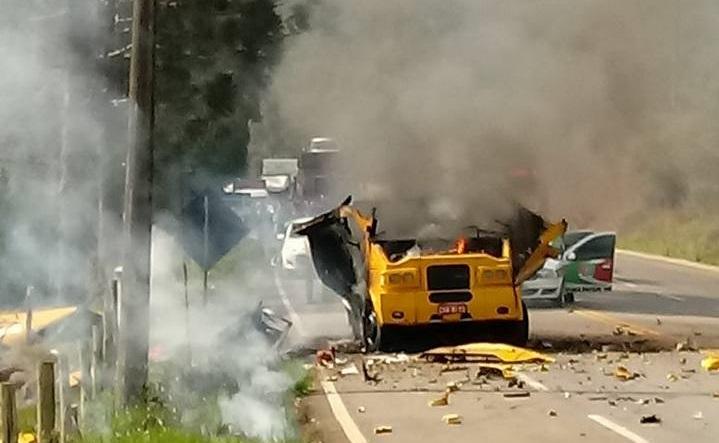 Criminosos fortemente armados assaltam carro forte na SC-355 em Videira