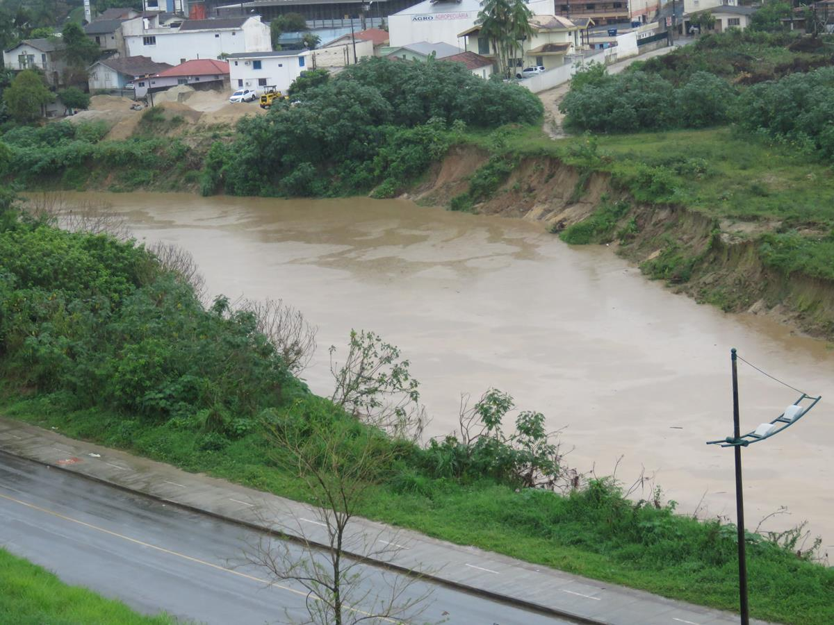 Defesa Civil registra problemas pontuais provocados pela chuva em Santa Catarina