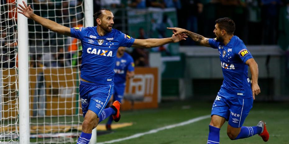 Cruzeiro vence Palmeiras fora de casa pela semifinal da Copa do ... dfa9edca05825