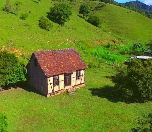 Casas de Memórias: Conheça as construções enxaimel que mantêm viva a história de Guabiruba