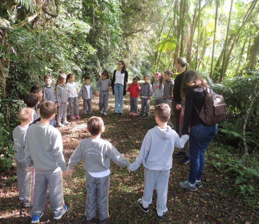 Visitas a campo trazem novos conhecimentos a alunos de escolas municipais