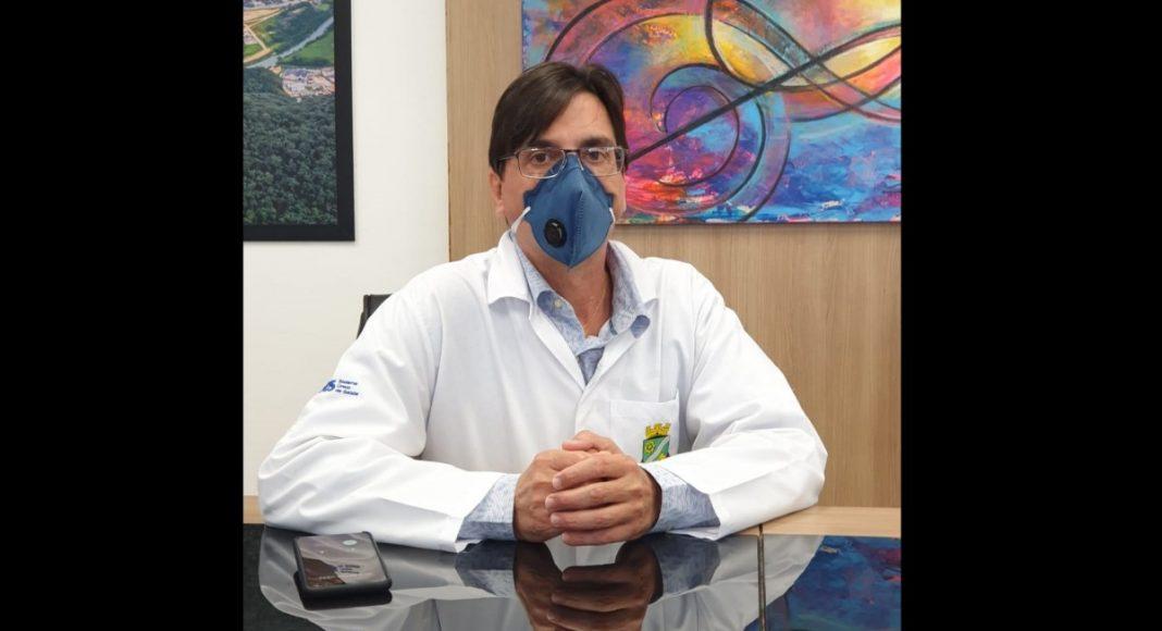 Secretário de Saúde de Brusque fala sobre momento difícil na UTI para tratamento da Covid-19 – O Munícipio