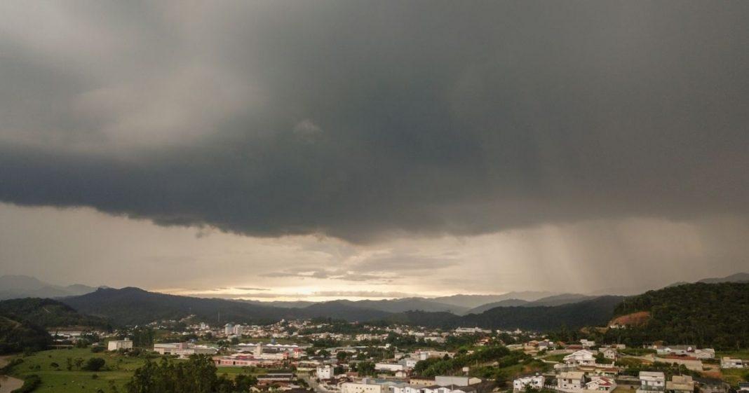 chuva brusque