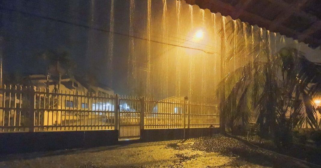 chuva em brusque