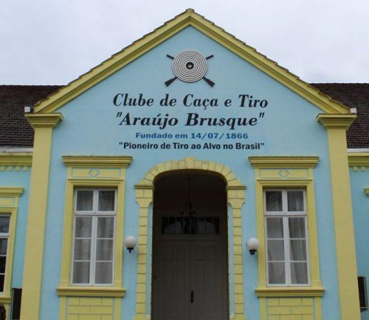 Relembre eventos marcantes dos 155 anos do Clube de Caça e Tiro Araújo Brusque