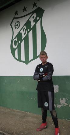 Luiz Felipe Rubleski Paysandú Brusque Azuriz