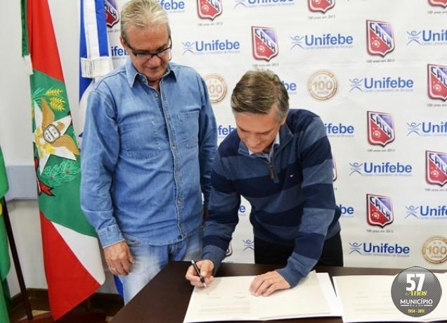 A Unifebe será uma das marcas que estamparão as camisas do centenário