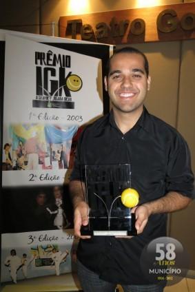 """Thiago Andrade foi o vencedor na categoria Mídia Impressa com a matéria """"A primeira vez não se esquece"""""""