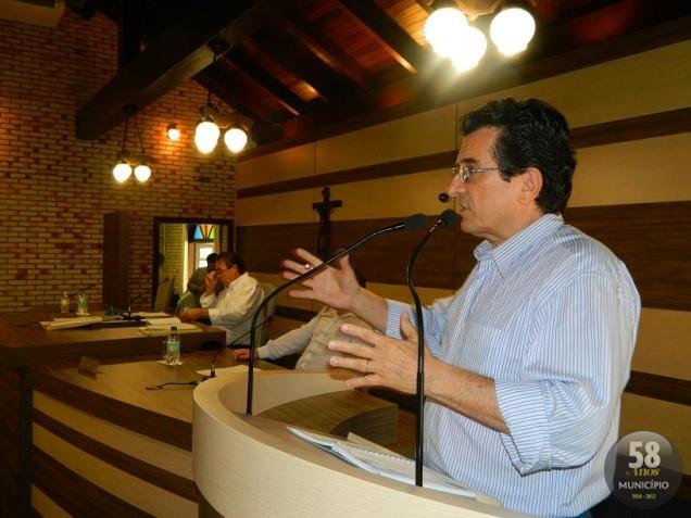 O vereador defendeu que o programa continuou devido esforços de voluntários