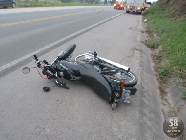 Jovem morre após acidente na rodovia Antônio Heil
