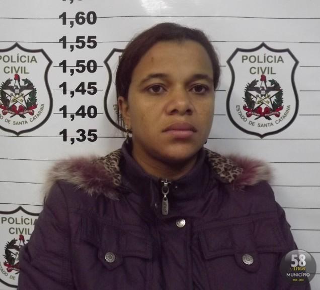 Cristiane Silva dos Santos, 26 anos, está grávida e foi presa sob a acusação de tráfico de drogas