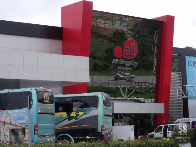 Em edital publicado no Jornal Município na última sexta-feira, feriado de 7 de setembro, o Banco Bradesco anunciava leilão presencial e online do imóvel