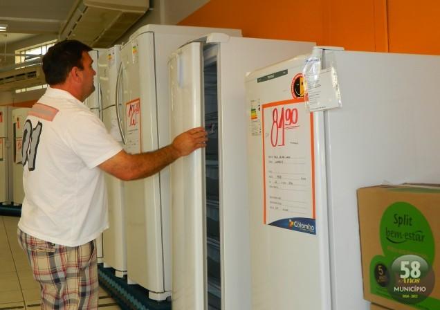 Em Brusque, consumidores já foram à Lojas Colombo do Centro de Brusque, obter informações sobre o projeto