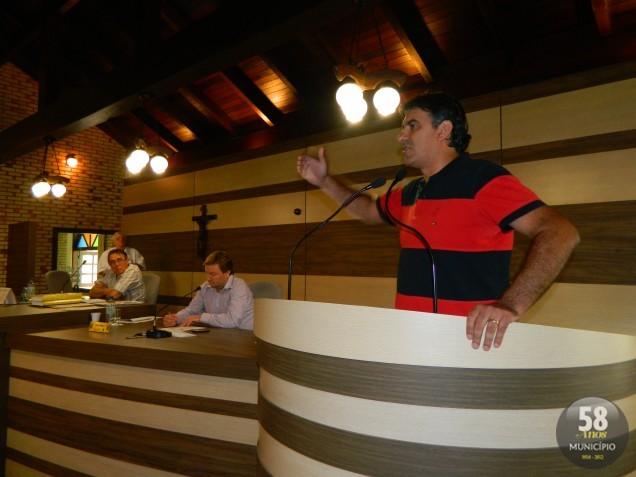 Na tribuna, Alessandro André Moreira Simas (PR) também justificou a sua ausência na reunião passada, que foi motivada por doença