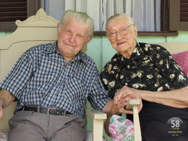 """""""Não é só uma história de 70 anos de casados, são 70 anos de amor"""", testemunha Brunilde Fuckner, uma das sete filhas do casal."""