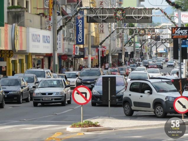Mesmo com os feriados e as férias desta época do ano, a cidade continua movimentada.