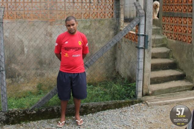Jusemar da Silva, 30 anos, foi preso sob a acusação de estelionato