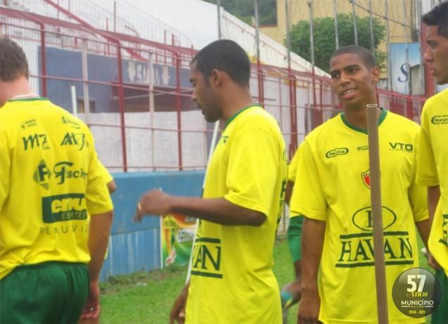Brusque FC busca reação contra os rivais do Vale