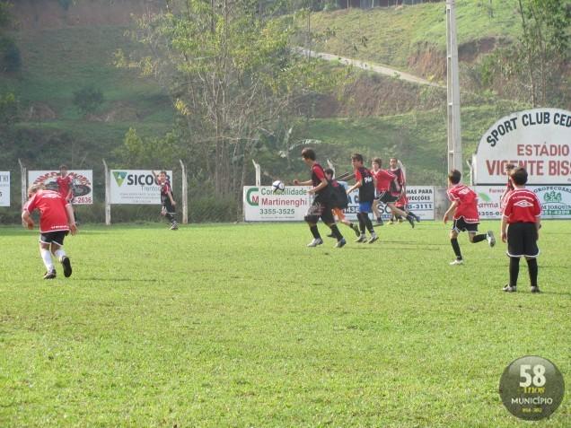 Escola do Atlético-PR em Brusque é uma das seis unidades do Furacão em  Santa Catarina fbba0f38d8516