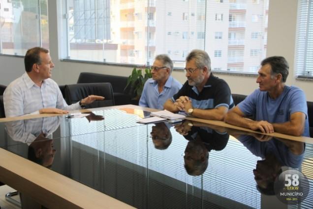 Prefeitura de Brusque apresentou projetos para os locais