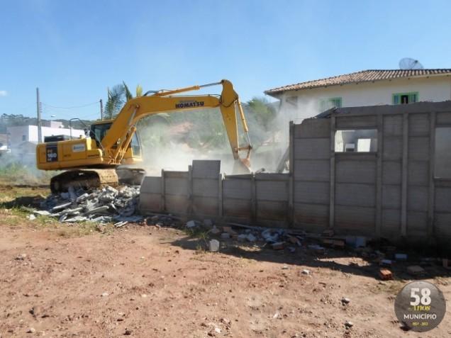 Proprietário foi alertado e recebeu um prazo de 30 dias para desmontar a estrutura