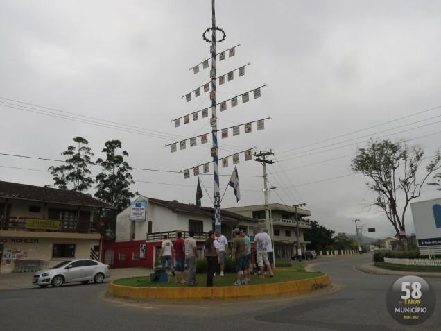 Cortejo acontece da AACSP, na rua Brusque, até a rótula de intersecção da Rua Imigrantes