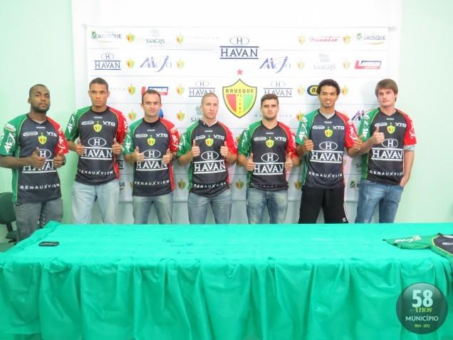 Da esquerda para direita. Neguette, Neris, Serginho, Eurico, Saraiva, Alexandre Carvalho e Fabão