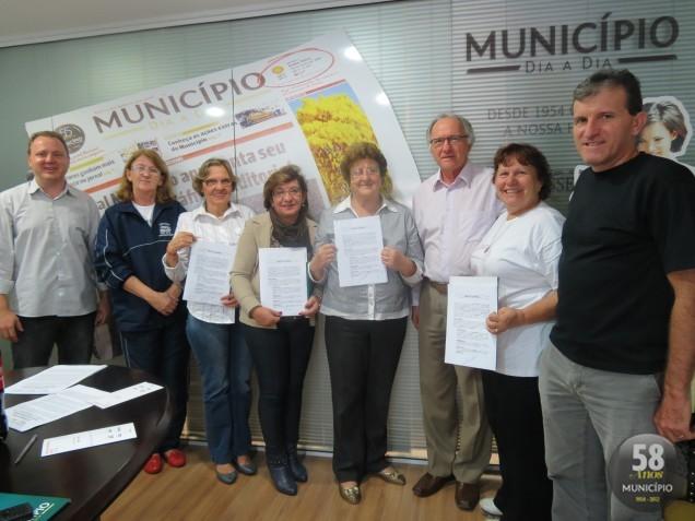 Assinatura dos convênios aconteceu na tarde de quinta-feira, 23 de maio