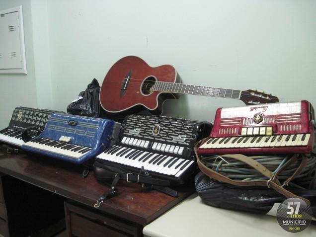 Instrumentos furtados estavam na casa de um dos suspeitos